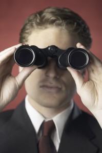 Guy with binoculars19146535